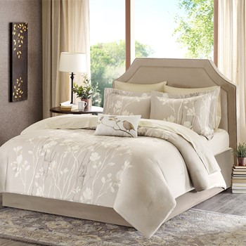 Vaughn Complete Comforter and Cotton Sheet Set