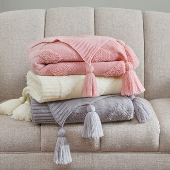 Comfortable Throw Blankets - Designer Living