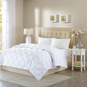 Wonder Wool Comforter