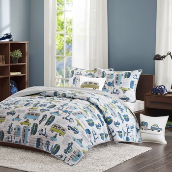 Road Trip Coverlet Set