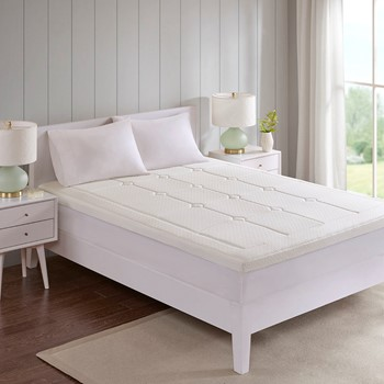 """Deluxe 3"""" Quilted Memory Foam Mattress Topper"""
