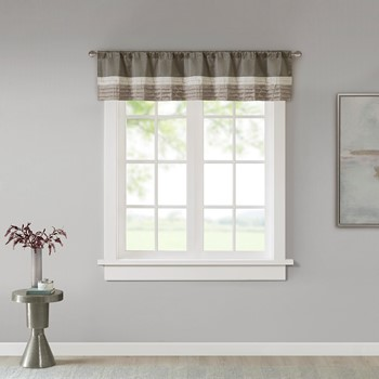 Amherst Polyoni Pintuck Window Valance