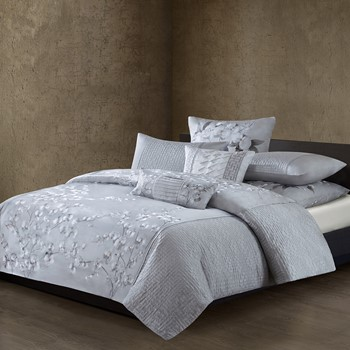 White Orchid Silk/Cotton Quilted Embroidery Duvet Cover