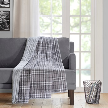 Daryl  Oversized Quilted Throw