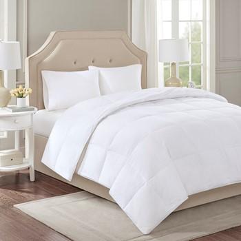 Level 2 300 Thread Count Cotton Sateen White Down Comforter with 3M Scotchgard