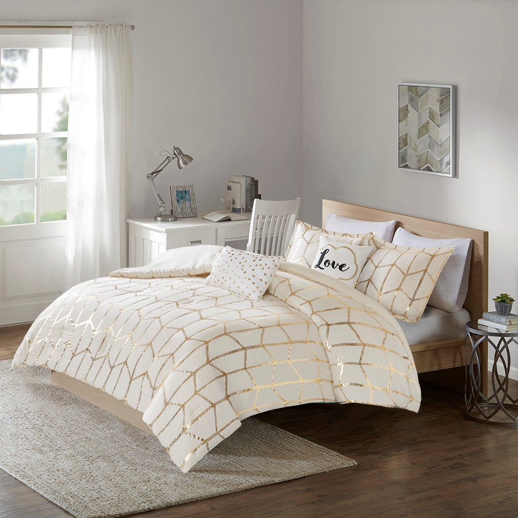 Full Queen Raina Metallic Print Comforter Set Micro Fiber White
