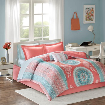 Loretta Comforter and Sheet Set