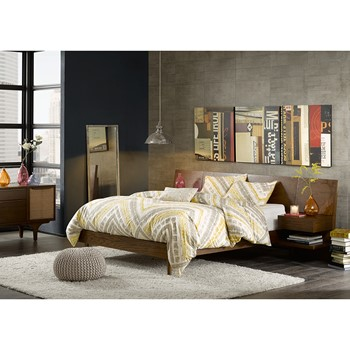 Clark Bed with 2 Nightstands