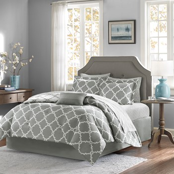 Merritt Reversible Complete Bed and Sheet Set